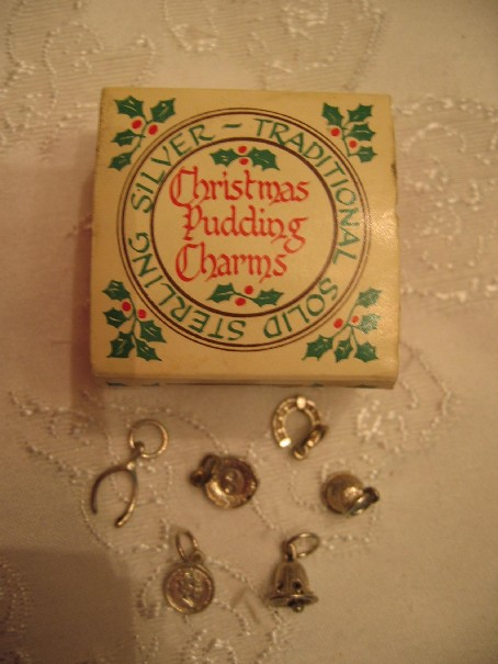 modern pudding charm set from england